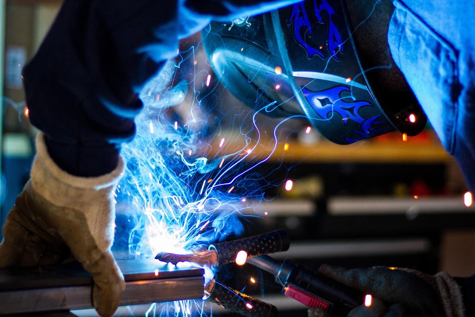 Schweißarbeiten vom Metallparadies - gerne fertigen wir etwas nach Ihren Wünschen.